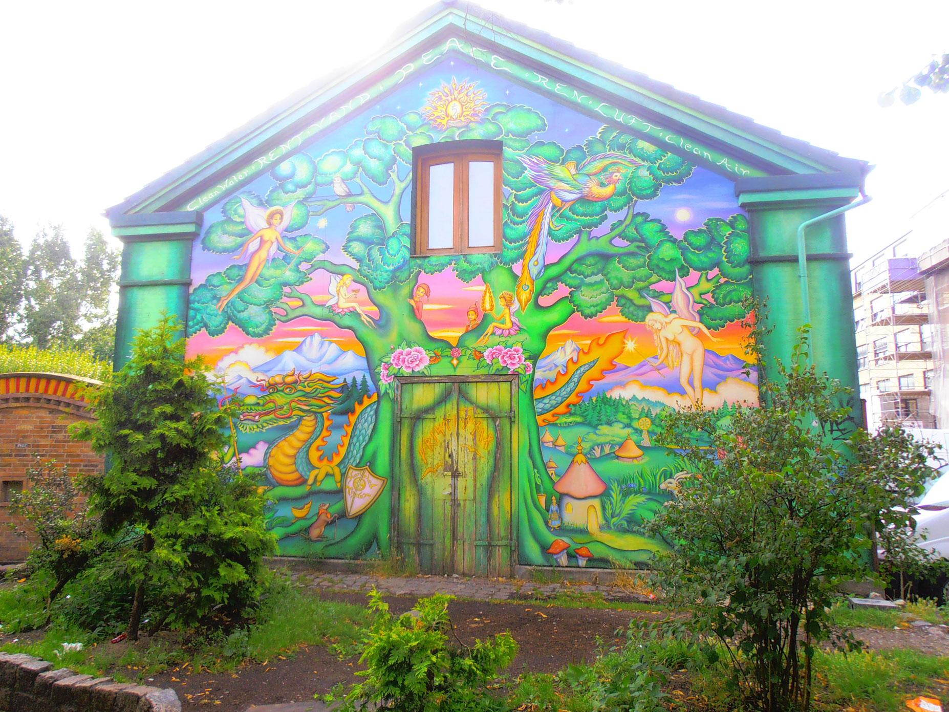 Casa con murales